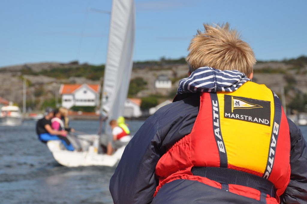 Rutgerson gets local school kids into sailing